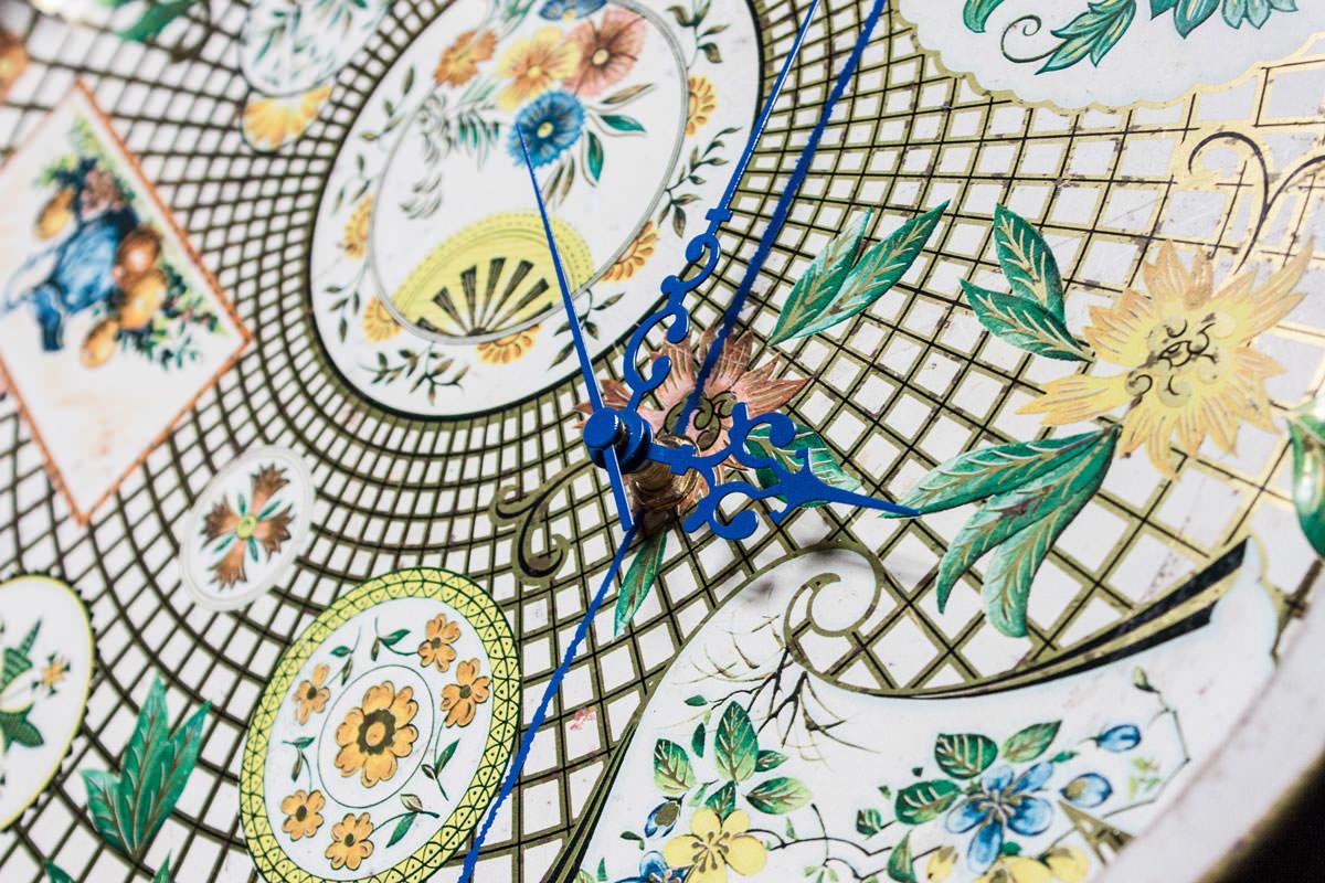 Antique Tray Floral Clock closeup