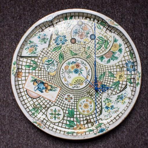 Antique Tray Floral Clock