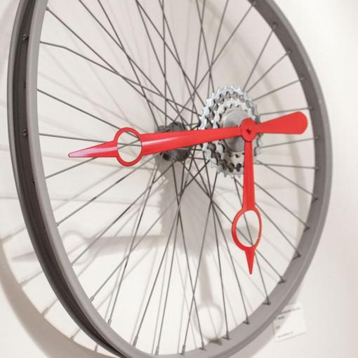 Repurposed Bent Bike Wheel Clock left mid