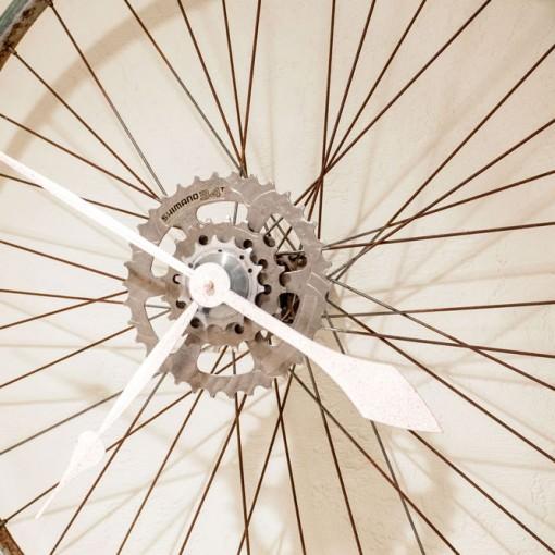 Repurposed Rusty Bike Wheel Clock close up