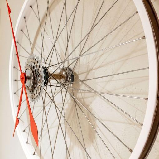 Repurposed White Bike Wheel Clock right