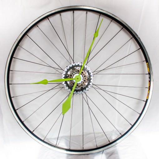 repurposed-bike-wheel-clock-neon-green-main