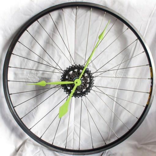repurposed-bike-wheel-clock-neon-green-straight