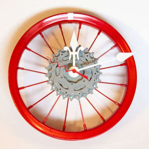 repurposed-childrens-bike-wheel-clock-red-white-gray-main