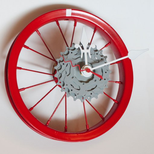 repurposed-childrens-bike-wheel-clock-red-white-gray-offcenter