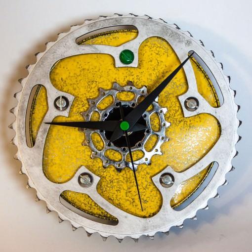 repurposed-rear-bike-sprocket-clock-green-yellow-main