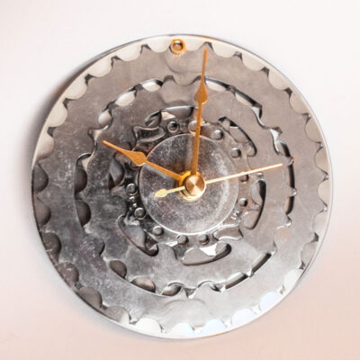 repurposed-rear-bike-sprocket-clock-silver-gold-main