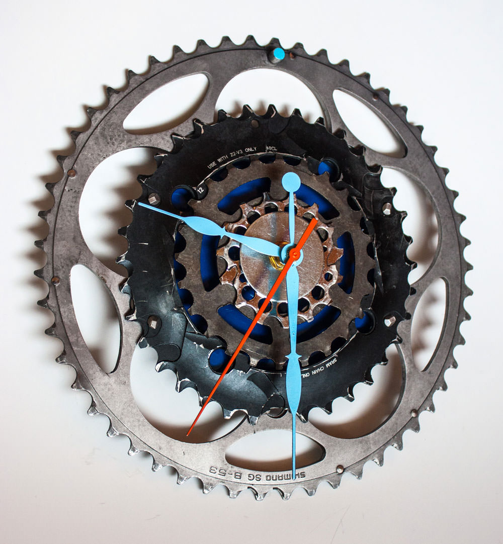 Repurposed-Large-Rear-Bike-Sprocket-Clock-Blue-Orange-angle
