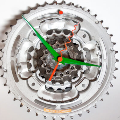 Repurposed-Pedal-&-Rear-Bike-Sprocket-Clock-Green-Orange-main