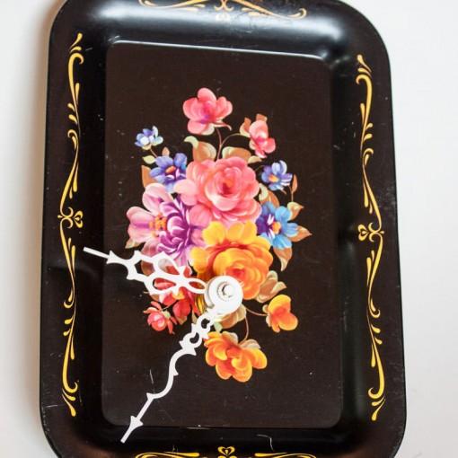 Vintage-Enamel-Tray-Black-Floral